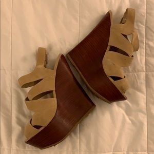 JustFab Tan & Brown Wedges